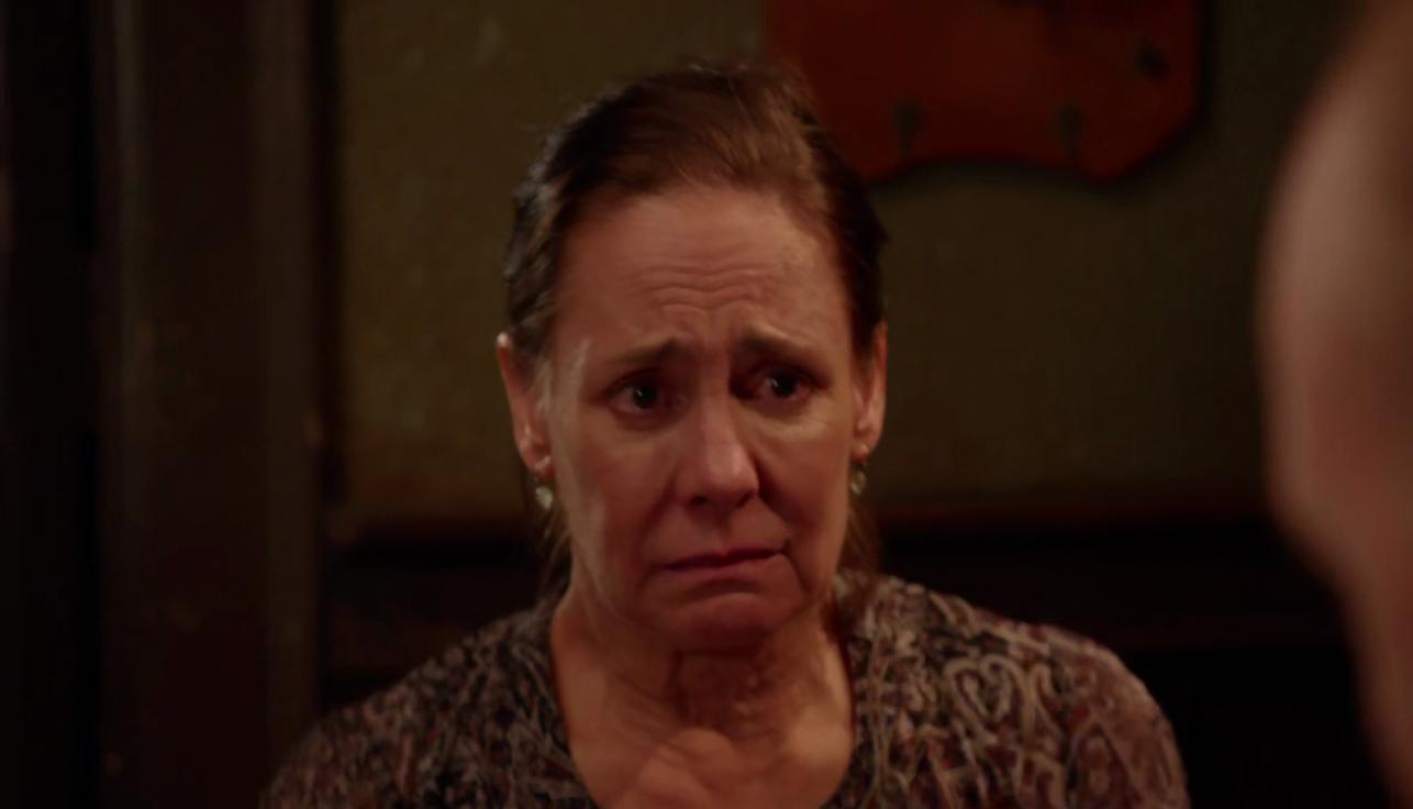أداء رهيب من Laurie Metcalf في الحلقة الخامسة